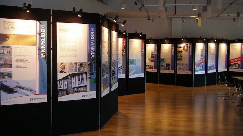 Exhibition Stand Poster Design : Using an exhibition display to enhance your conference